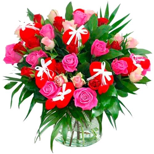 Valentijn boeket rode en roze rozen