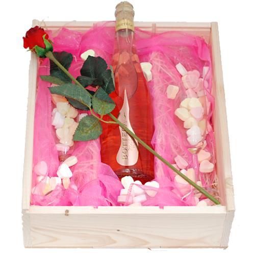 De Feestdagen | Prosecco rosé 75cl met twee glazen en snoepjesEen kaartje met persoonlijke tekst kunt u toevoegen na stap 3