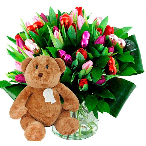 Valentijn boeket mix tulpen + bruine beer